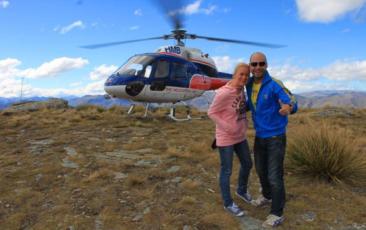 adri y gosi molaviajar helicoptero