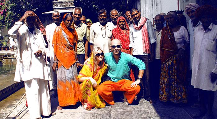 con amigos indios molaviajar