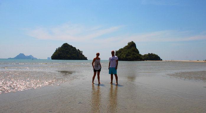 playas en tailandia adri y gosi