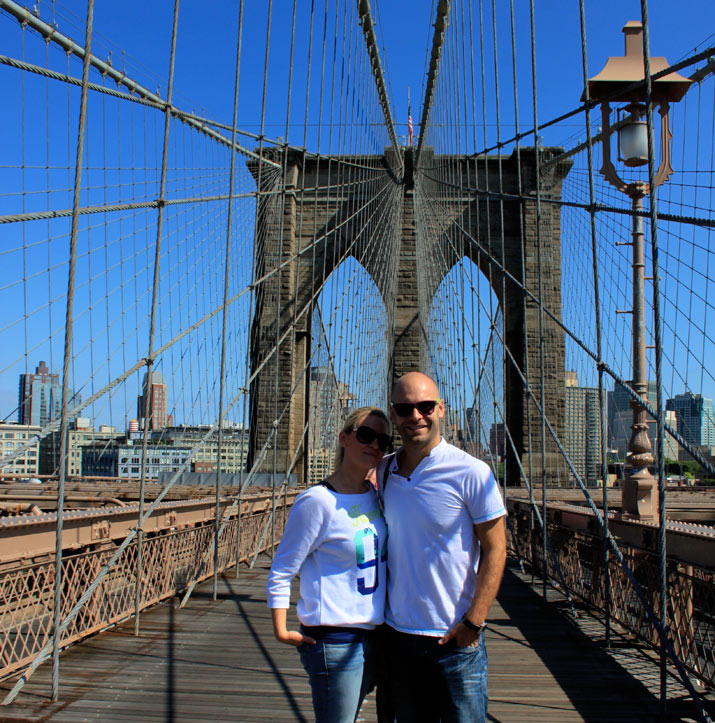 adri y gosi brooklyn bridge