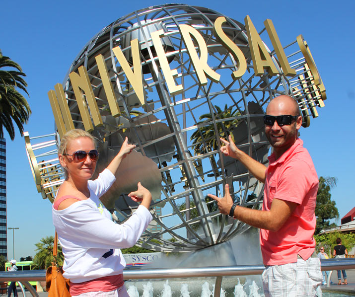 adri y gosi en universal-studio-hollywood