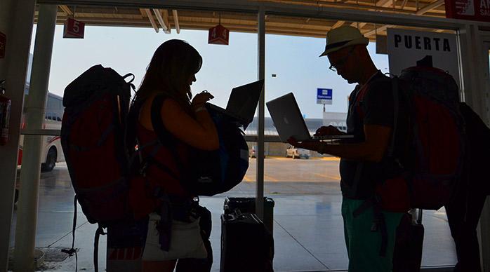 estacion bus ado internet