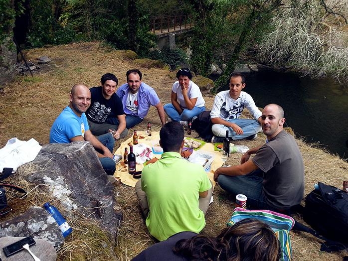 picnic en el rio miño galicia