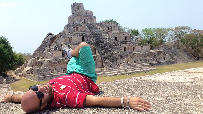 adri en ruta maya