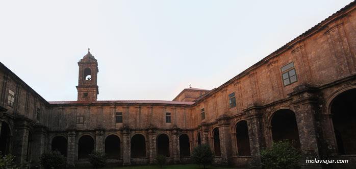 monasterio-de-armenteira2. Ruta en coche por las Rias Baixas