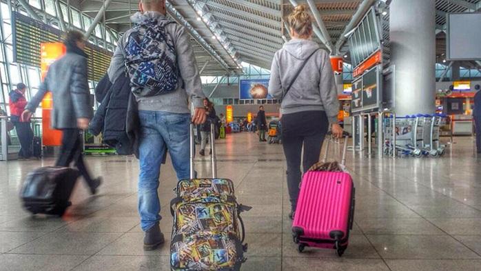 Viajar facturando o sin facturar