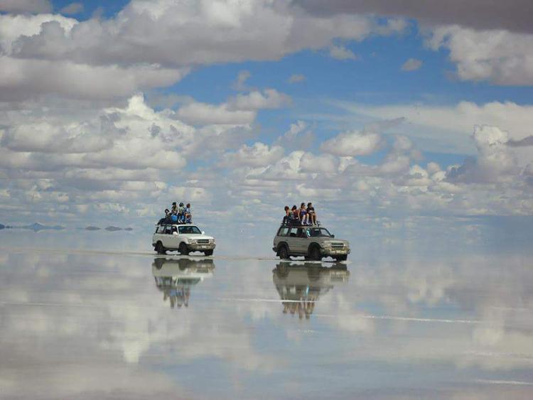 SALAR DE UYUNI, BOLIVIA-