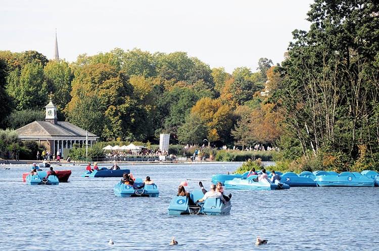 parque londres lago y barcas