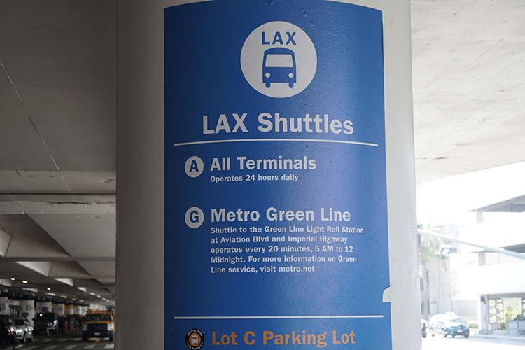 metro LA aeropuerto