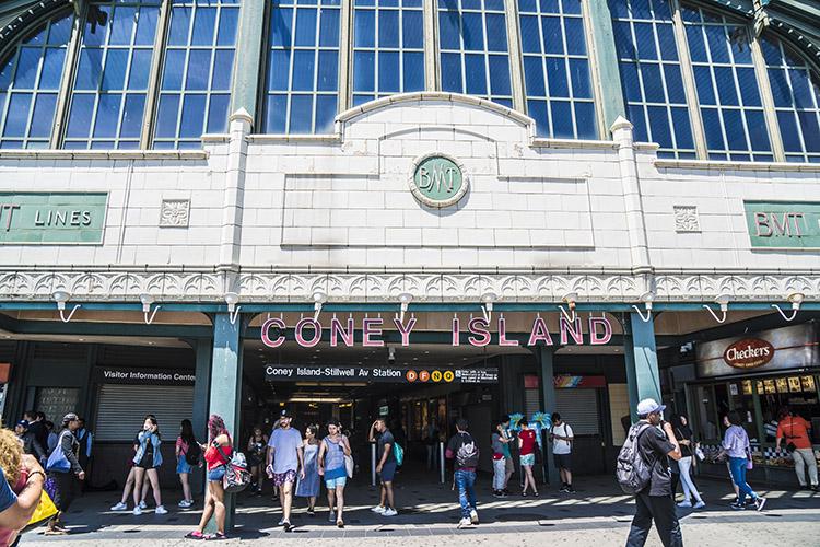 estacion metro coney island Coney Island. Cómo visitar la playa de Nueva York y el Luna Park