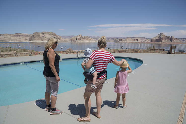 piscina lago powell resort